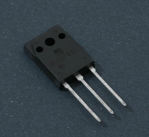 Yamaha V823400R tranzistor